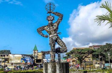 Nouvelle-Liberte-a-Douala-au-Cameroun-1024x400